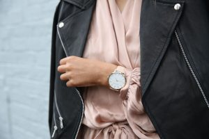 thefifthwatches-1663286_960_720