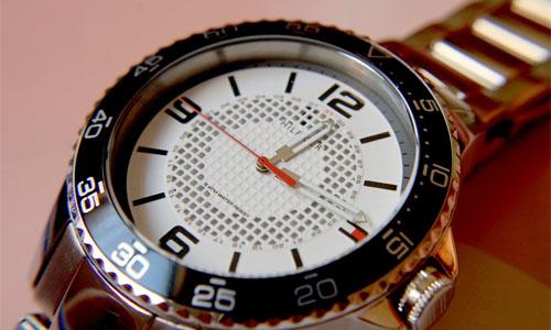 blizzart.se 500x300 0001 Layer 5 - Klockor - Den moderna accessoaren!